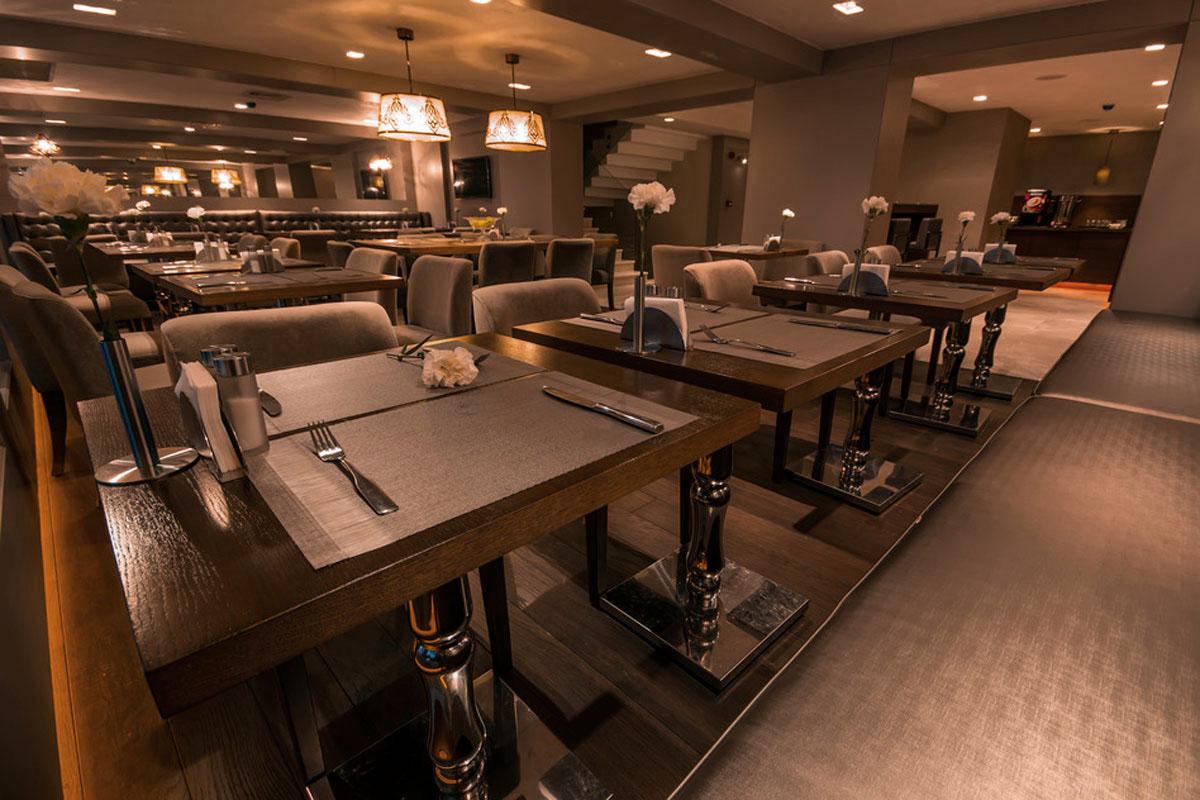 photodune-3887369-restaurant-s